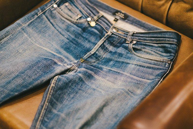 jeans desbotado apc raw denim fade 3