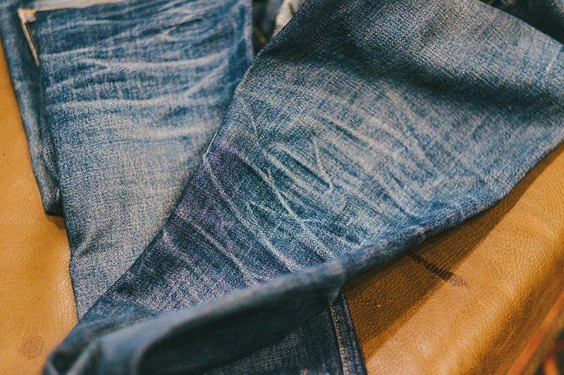 jeans desbotado apc raw denim fade 4