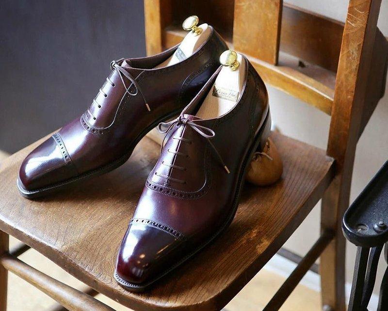 sapato oxford marrom