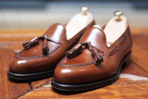 sapato tassel loafer marrom