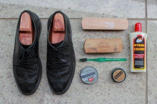 1379ed09e Como limpar sapato de couro: Aumente a vida útil dos seus calçados