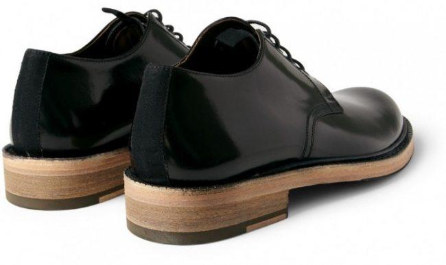1837589b52 Sapato com sola de madeira é bom? Entenda porque NÃO!