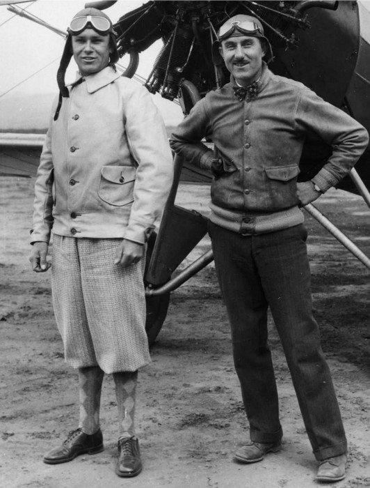 Pilotos com jaqueta bomber A-1 em 1925