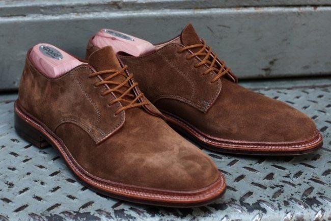 Sapato Alden Plain Toe em camurça