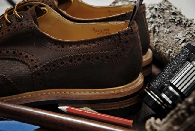 Sapato brogue marrom Trickers
