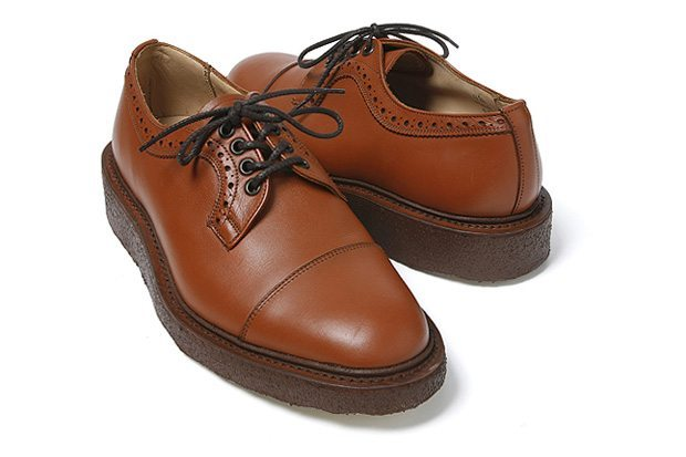 sapato derby Trickers