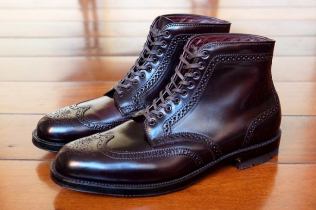 Bota Brogue Alden Shell Cordovan Color 8