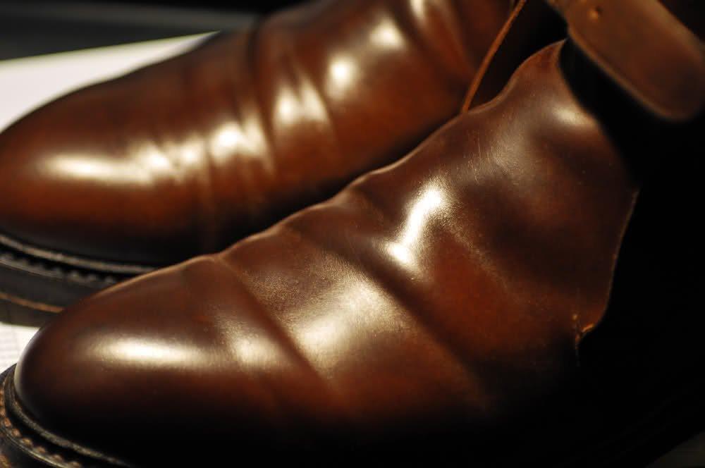 sapato em couro shell cordovan