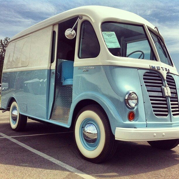 International Harvester Metro Van 1959