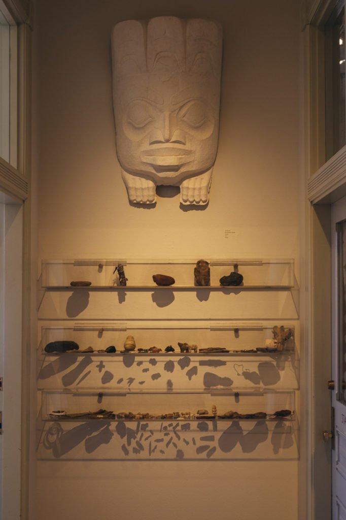 Cerâmicas nativo americana na galeria Ship Rock Santa Fé