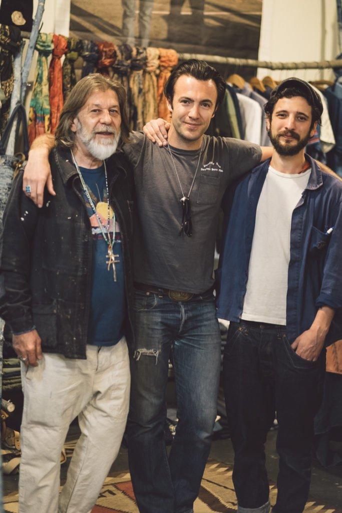 Olivier Grasset, o fotógrafo Larry Niehues, e Teddy Grasset