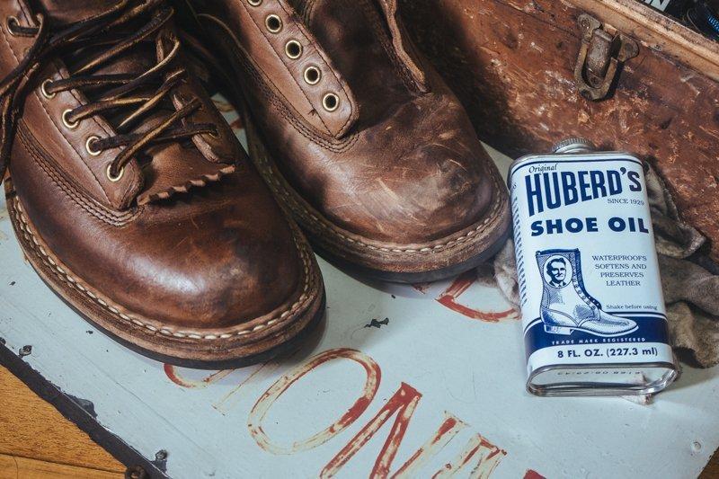 bota white-s limpa com huberds shoe oil