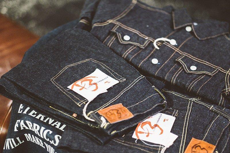 Jeans cru japonês Eternal na Code7 Moscow