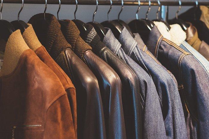 Jaquetas de couro na Sfaar Resto & Store