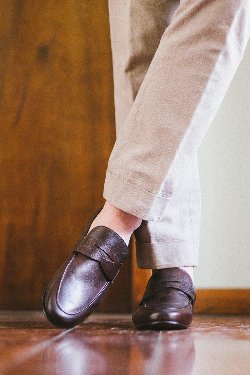 44ef2b854c Esse é um loafer. Um penny loafer para ser mais específico. O modelo foi  criado pela Bass