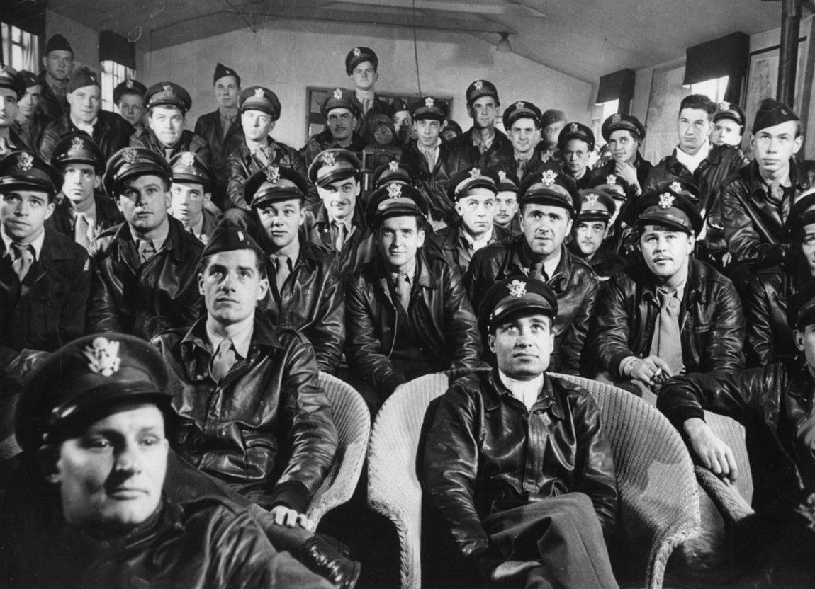 pilotos da segunda guerra mundial com jaqueta aviador a-2