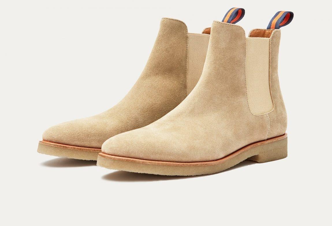 chelsea boots camurça com sola de crepe