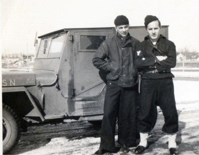 Jaqueta N-1 Deck Jacket na Marinha Americana durante a Segunda Guerra