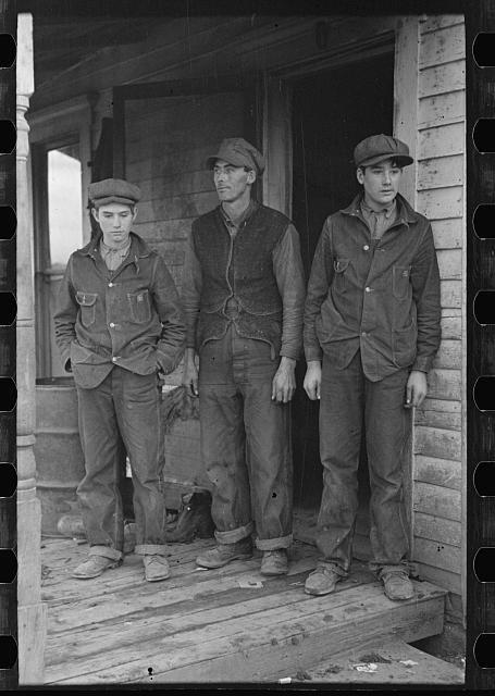 Boinas masculinas no workwear durante a grande depressão