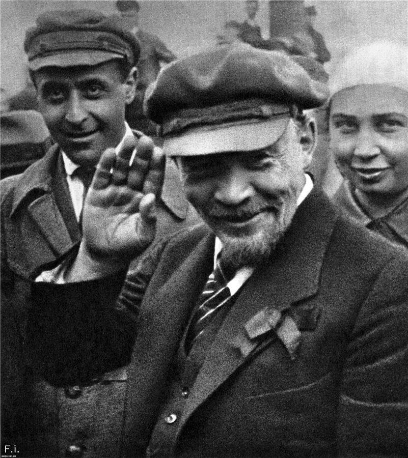 Camarada Lenin e sua boina