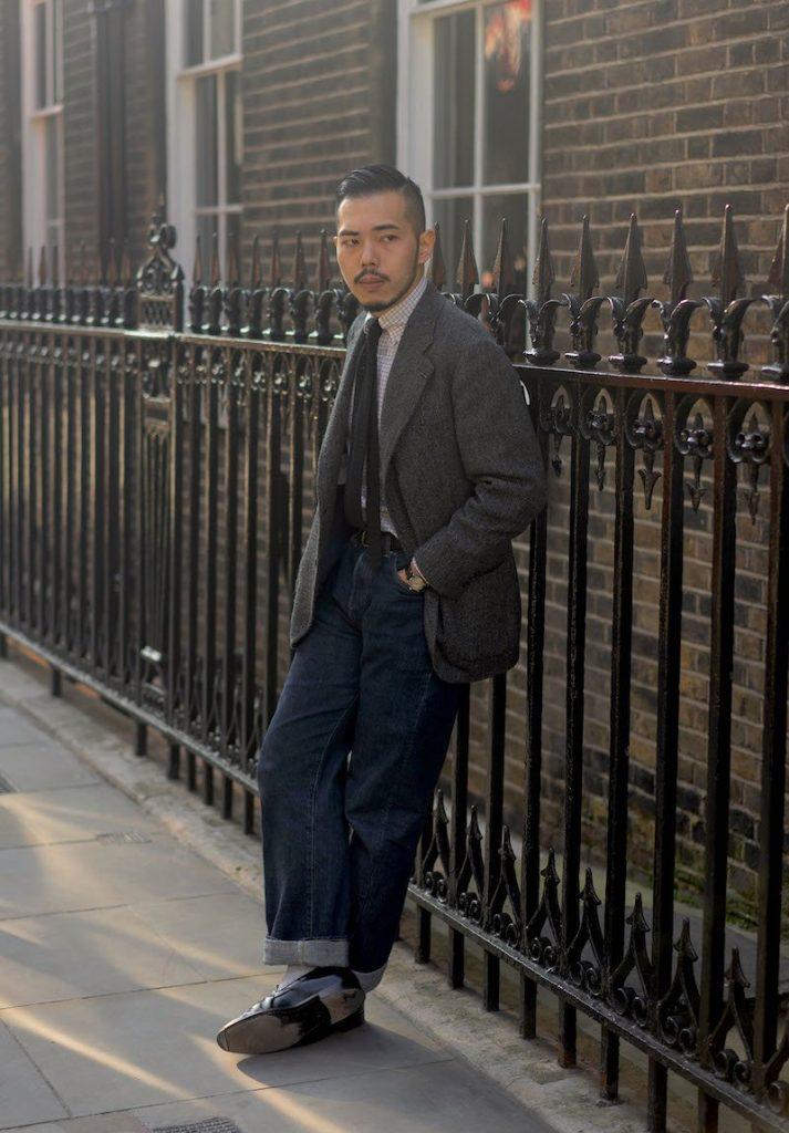 Como usar paletó cinza de tweed com calça jeans