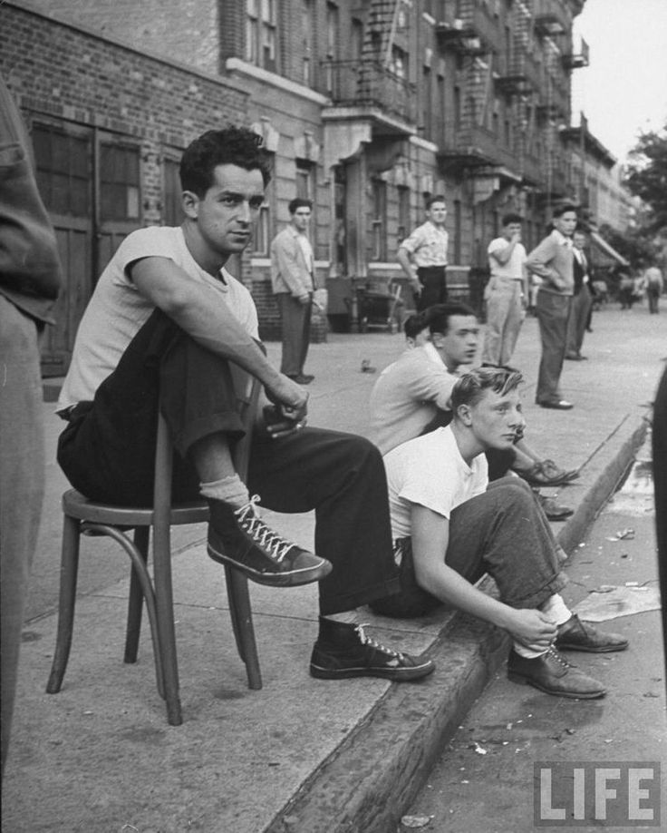 Jovens nos anos 50, fotografia publicada pela Life Magazine