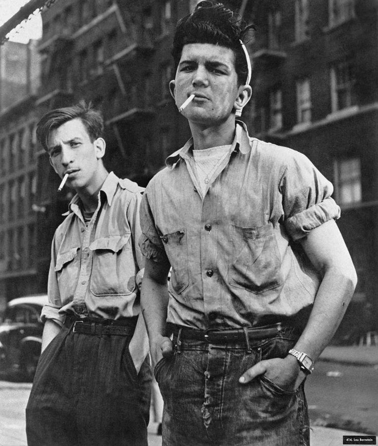 Fotografia de Lou Bernstein, tirada durante a Grande Depressão nos Estados Unidos